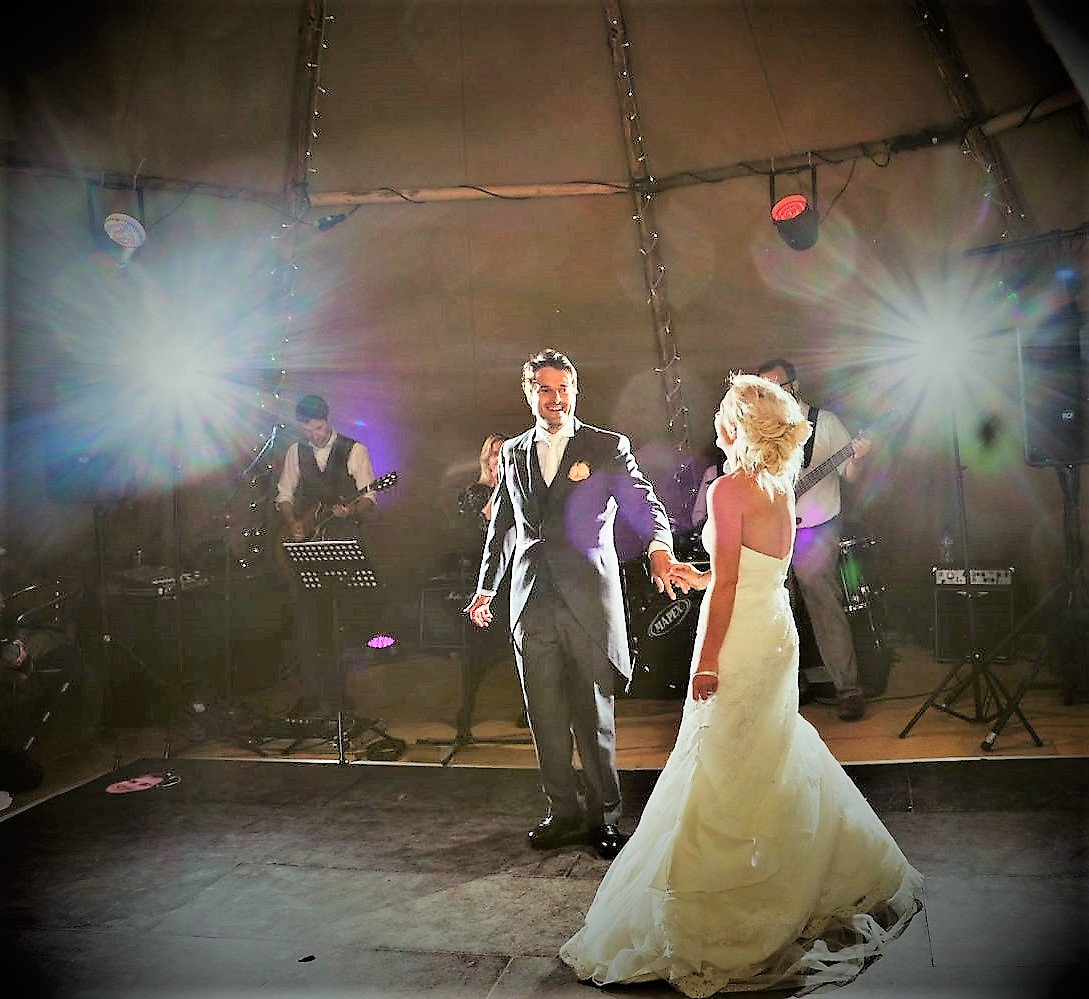 Live Band For Weddings In Leicestershire