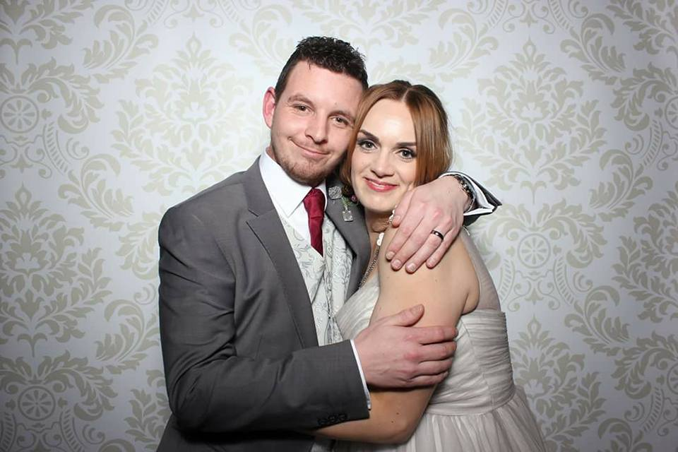 Nicola and Joe's Leciestershire Wedding Band