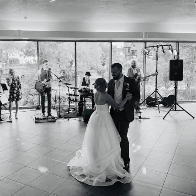Taylormade+Wedding+Band+Leicestershire