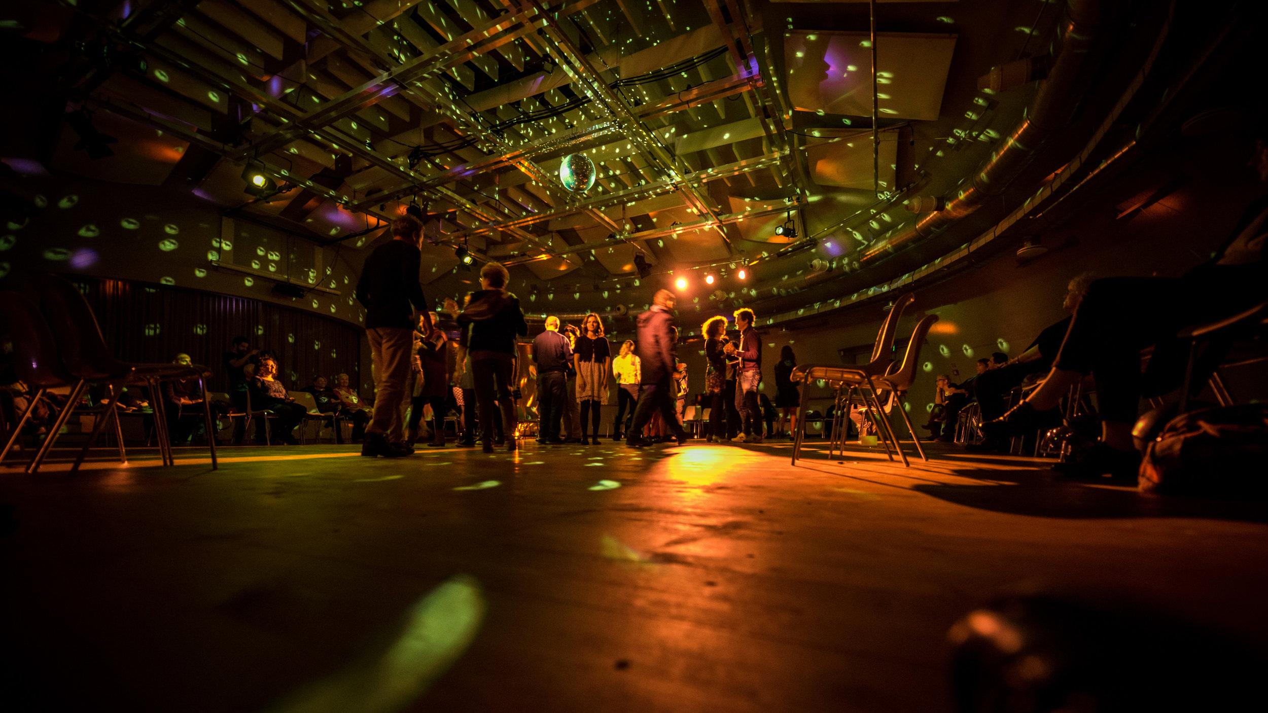 BALLROOM - Laboratorio di creazione coreografica condotto da Chiara Frigodal 24 al 27 giugno