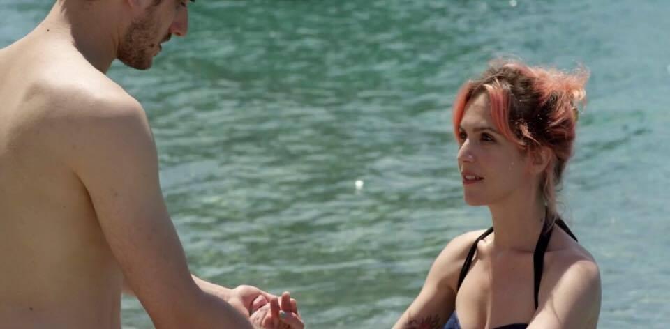 """Mia: """"Secondo me hai paura di saper nuotare"""""""