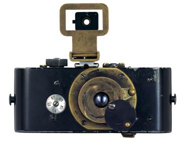 07_Ur-Leica, built by Oskar Barnack, completed in 1914 © Leica Camera AG.jpg