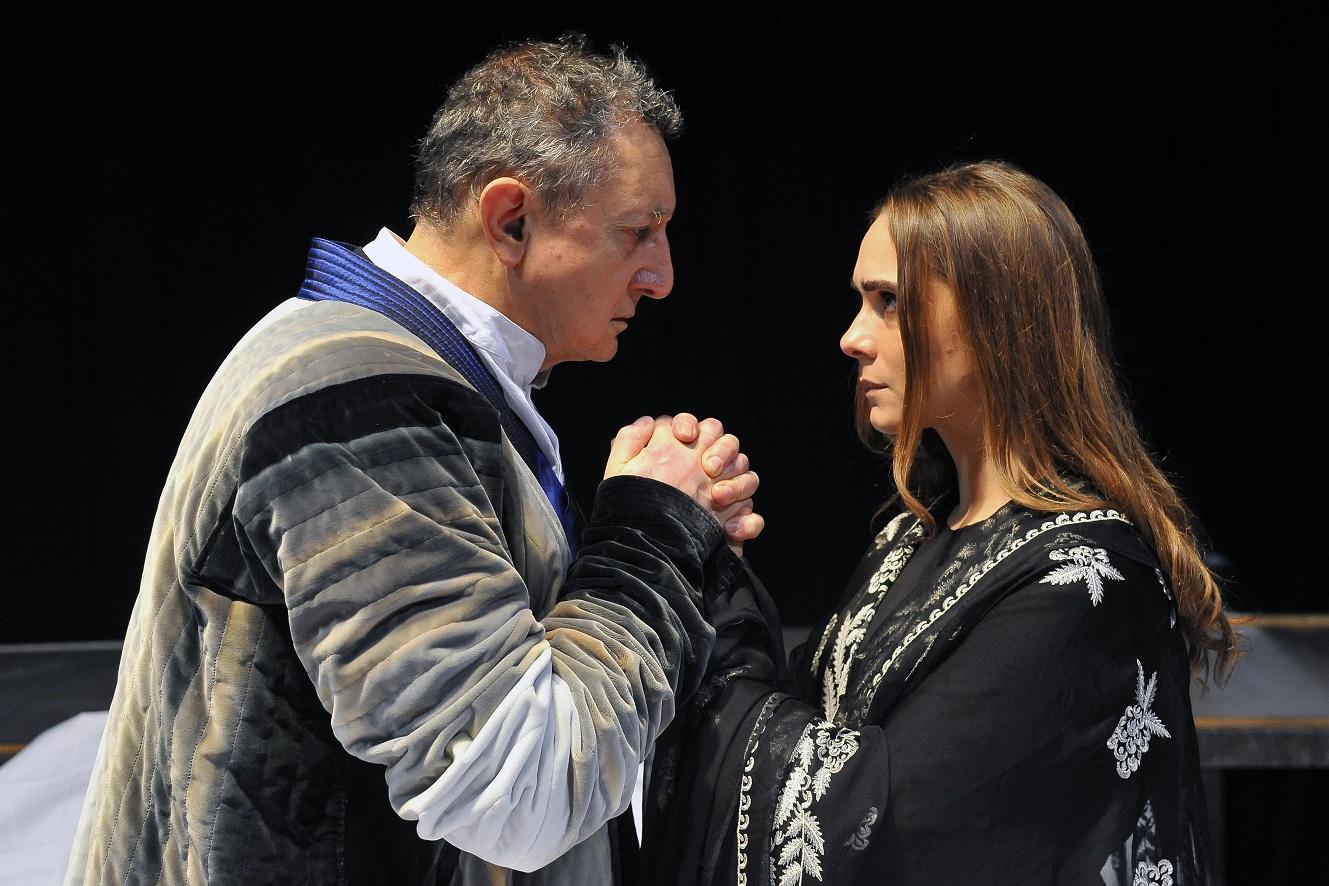 ANTIGONE di Tiezzi_Sandro Lombardi (Creonte) e Lucrezia Guidone (Antigone)_foto di Achille Le Pera (9).JPG