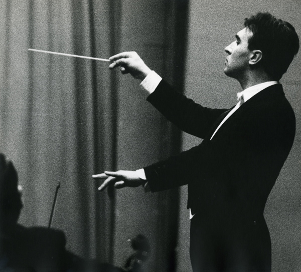 Lisetta Carmi, Claudio Abbado, Genova, 1963,© Lisetta Carmi, courtesy Martini & Ronchetti_600.jpg