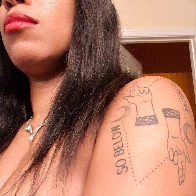 My birthday tattoo is pretty much healed. Yay❕#poctattoo #tattooonblackskin #blackgirltattoos