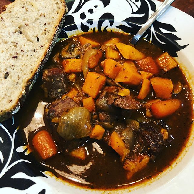 Beef stew with sweet potatoes for dinner. 🍽