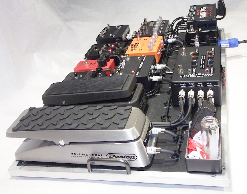 Series_&_Parallel_Wired_Line_Mixer_Pedalboard_Empress_Effects_Jack_Deville_Electronics_Dunlop_MXR_Voodoo_Lab_04.JPG