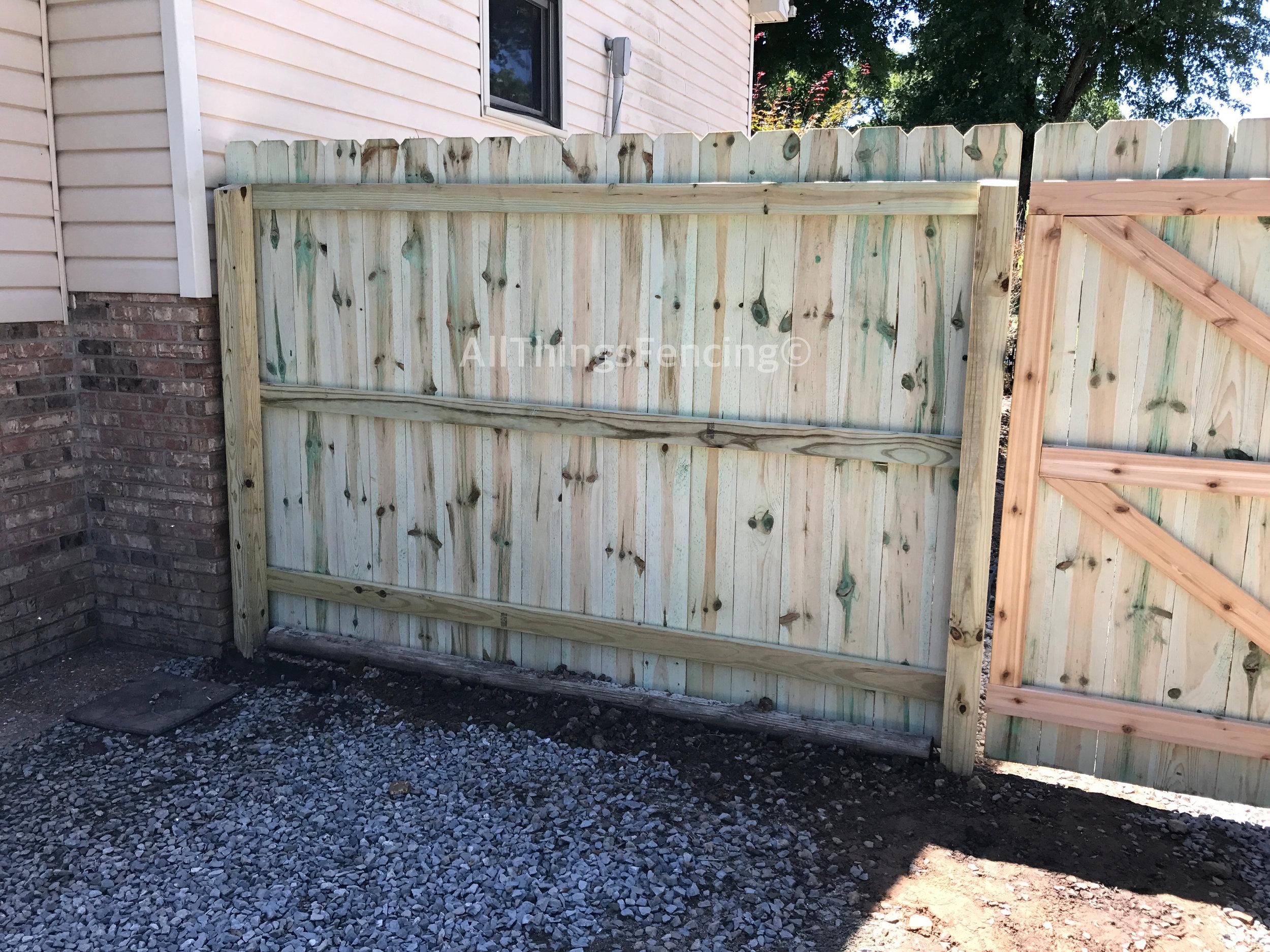 Fence39.jpg