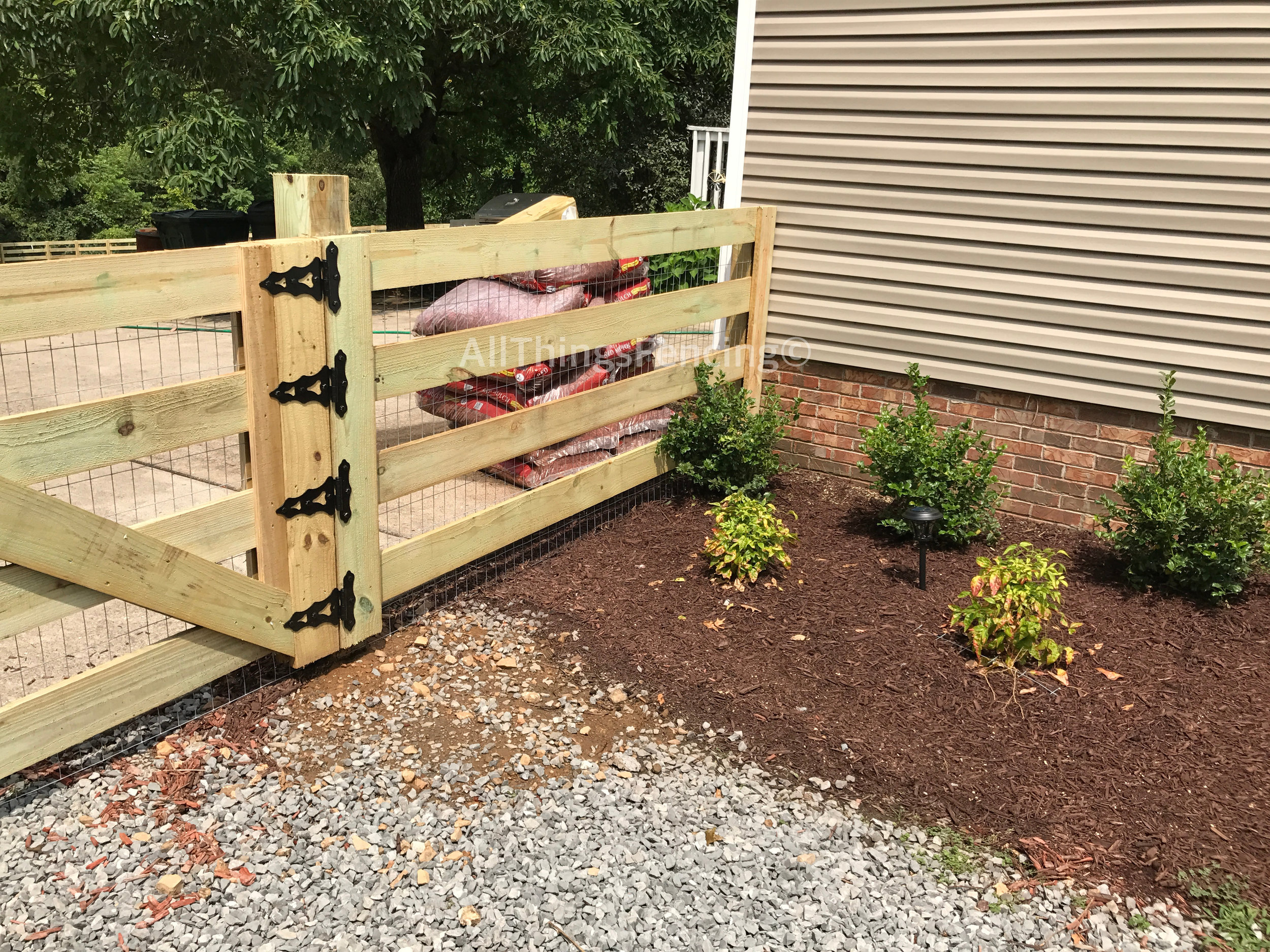Fence15.jpg