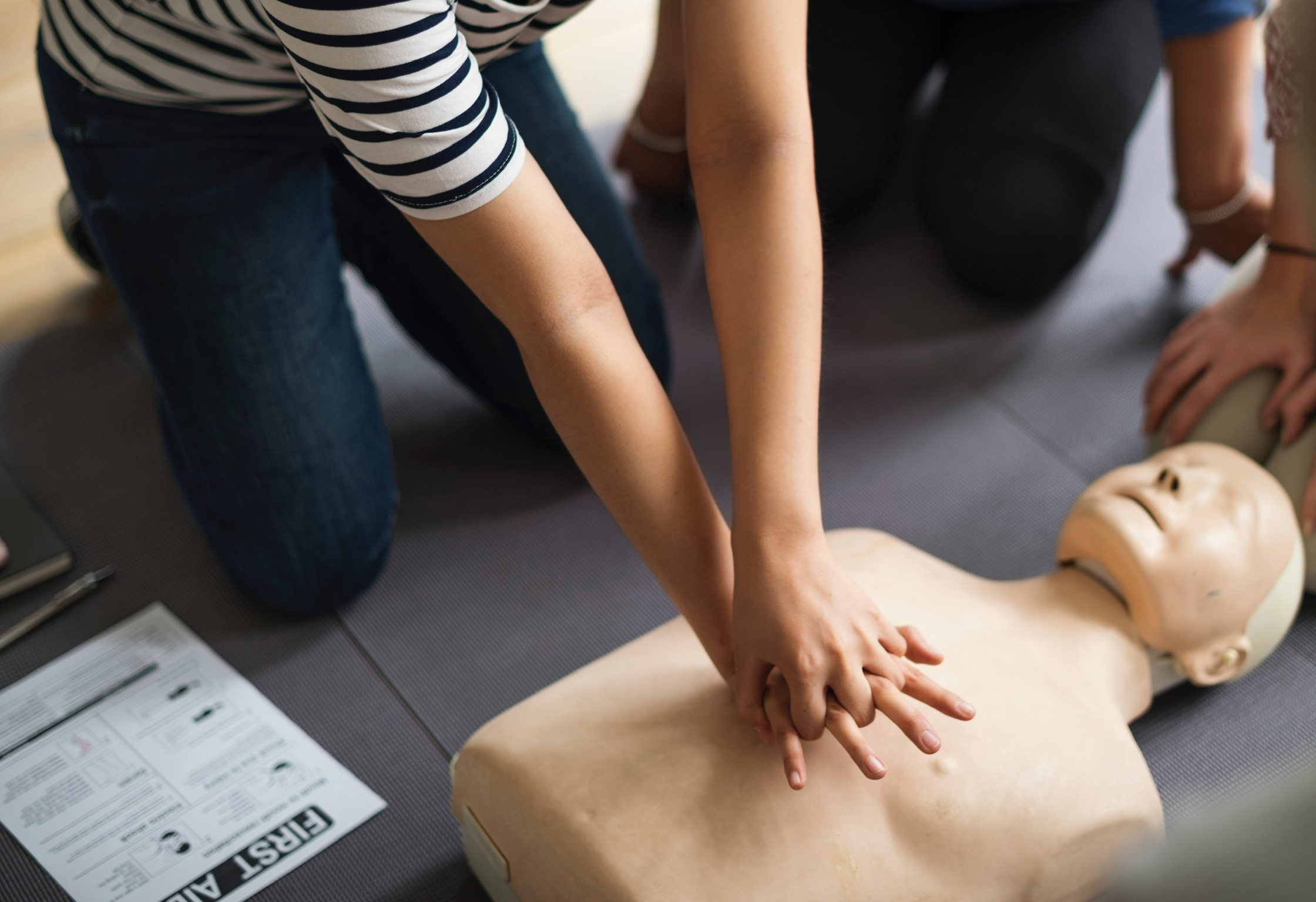 cpr-basic-life-support-first-responder-training.jpg