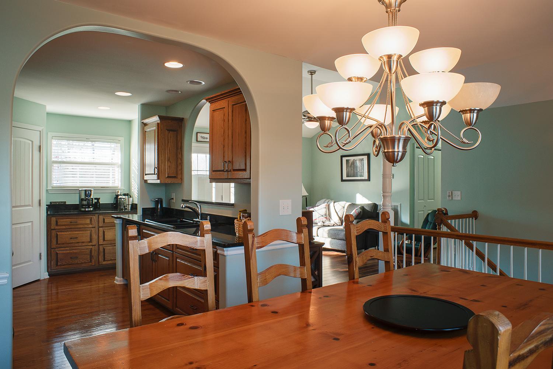 dining:kitchen:greatroom.jpg