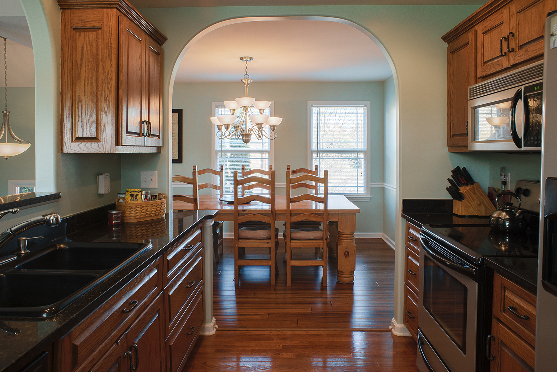 kitchen:dining.jpg