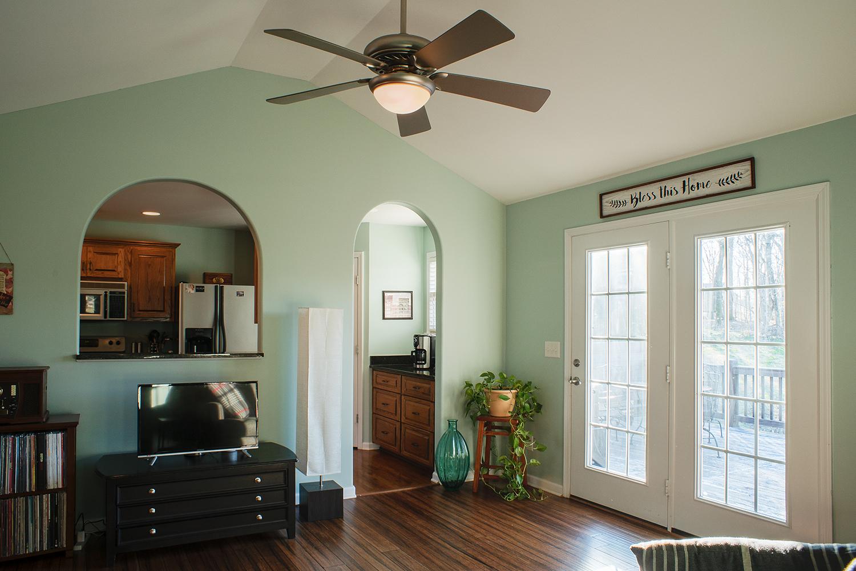 greatroom:kitchen.jpg