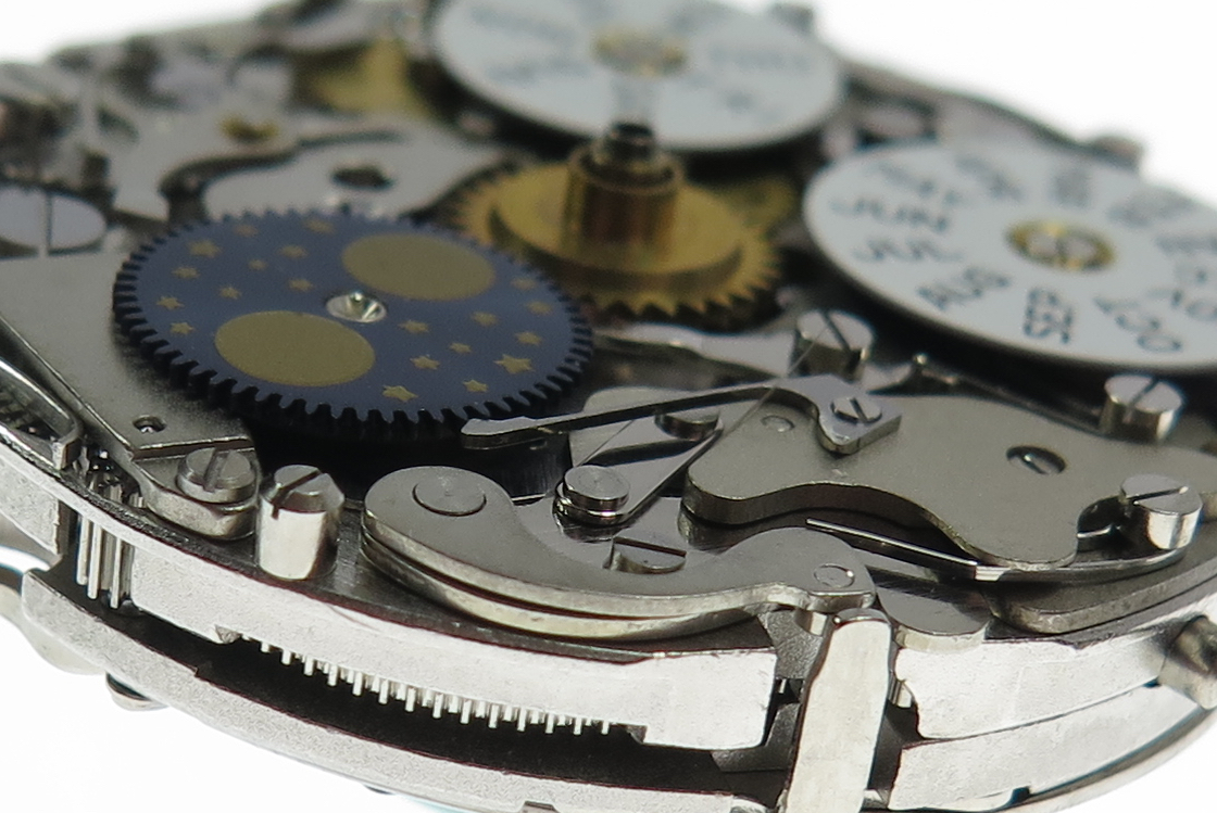Close-up dial side