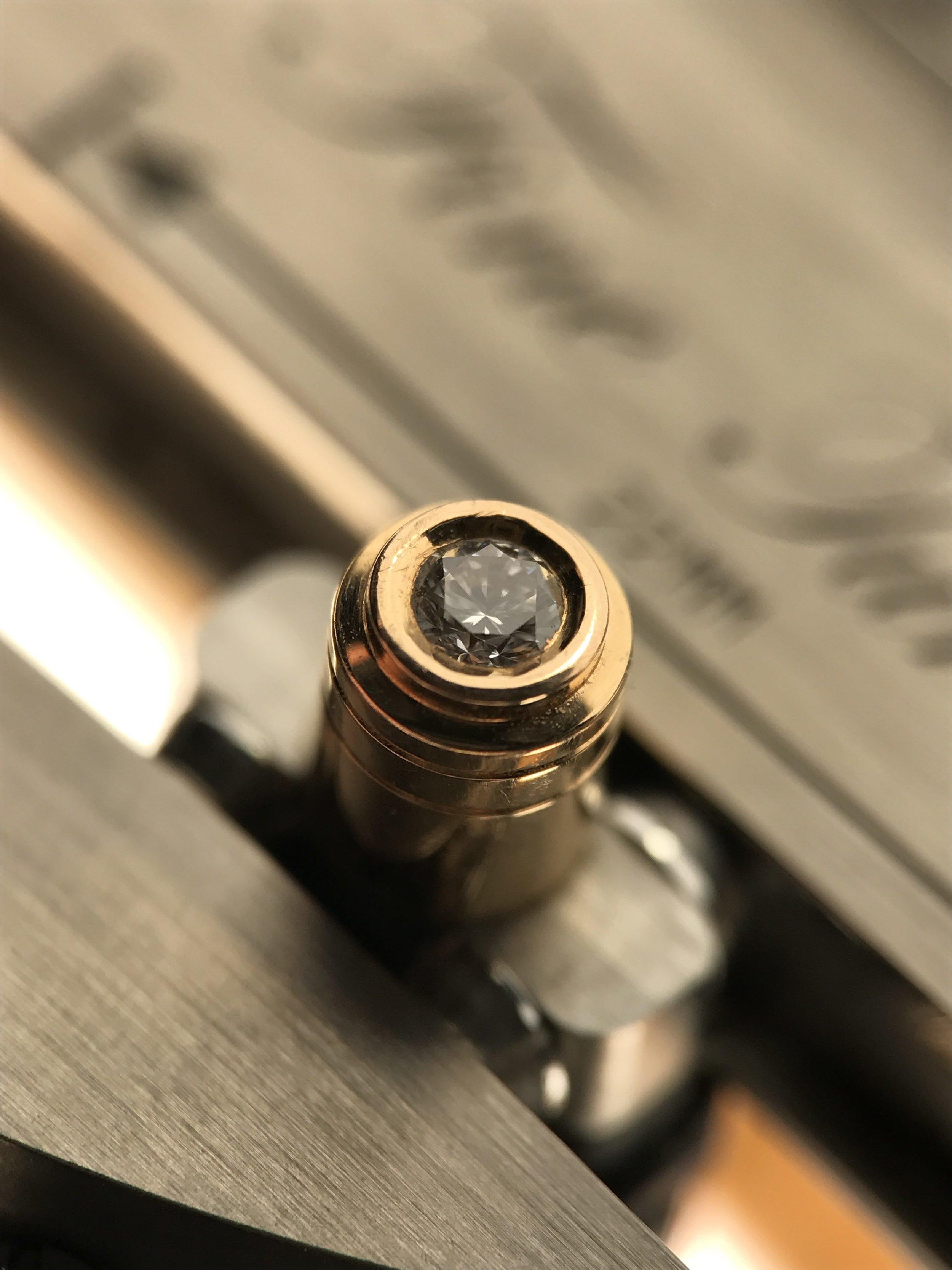 Belt pin
