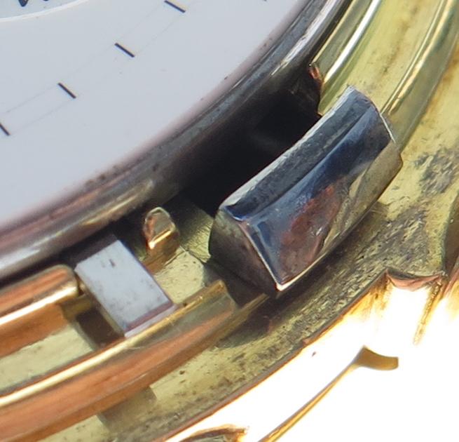 Outer case clip