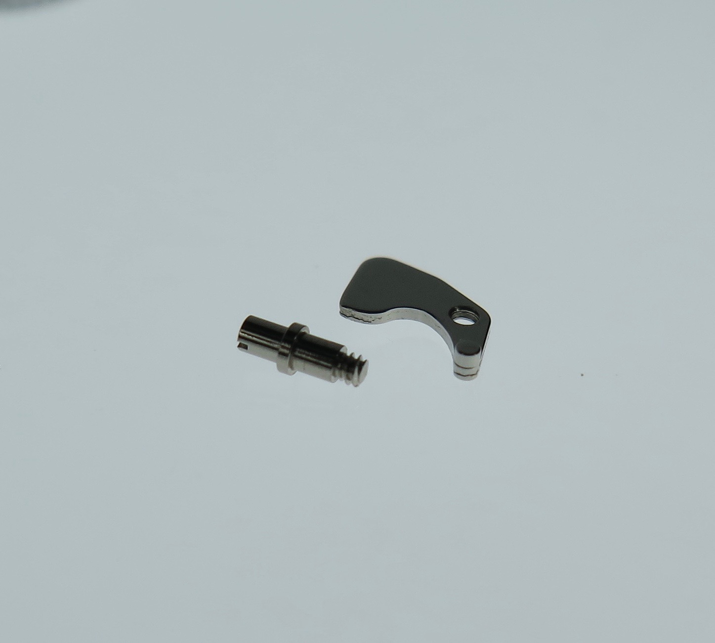 Setting lever and screw