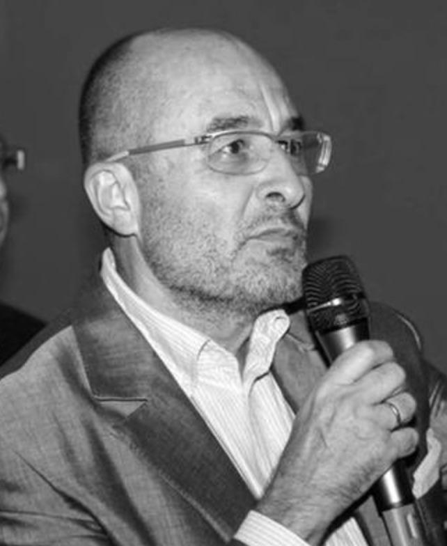 Gregory Pons. (Journalist)