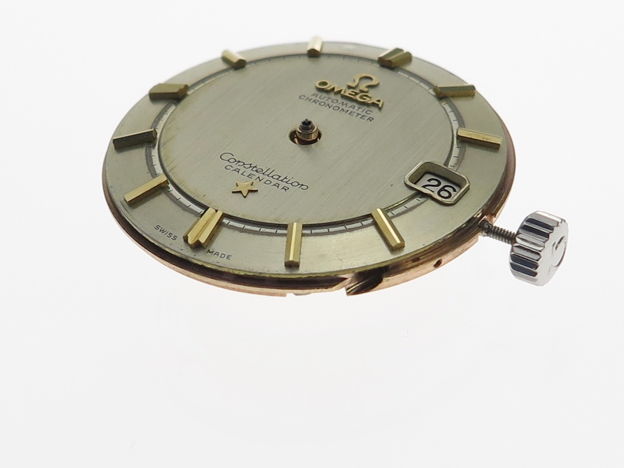 Hands removed, before dial removed