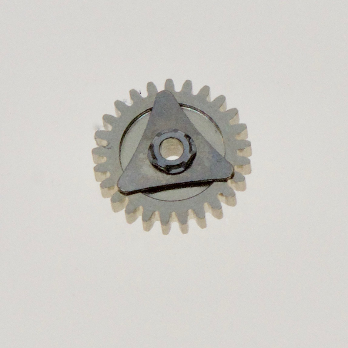 Friction clutch for hand setting