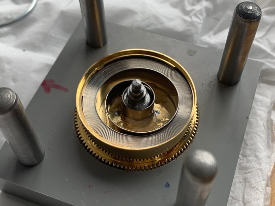 Mainspring in place