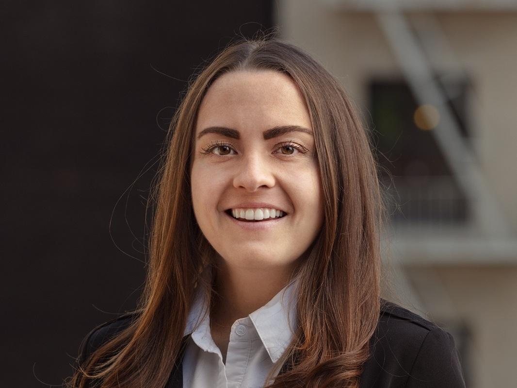 Kaitlin Derkach (Marketing Expert)