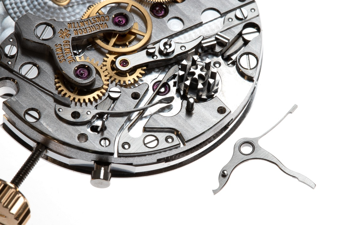 The brake holds the chronograph seconds hand from moving when the chronograph is in 'stopped' position but not yet returned to zero.