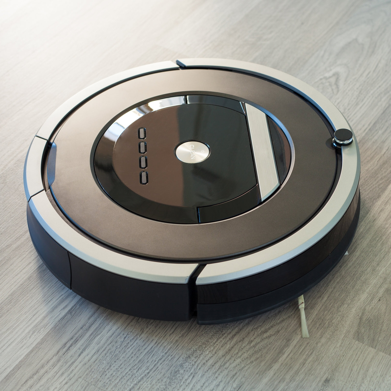 robot-vacuum-cleaner-shutterstock-license_494790925.png