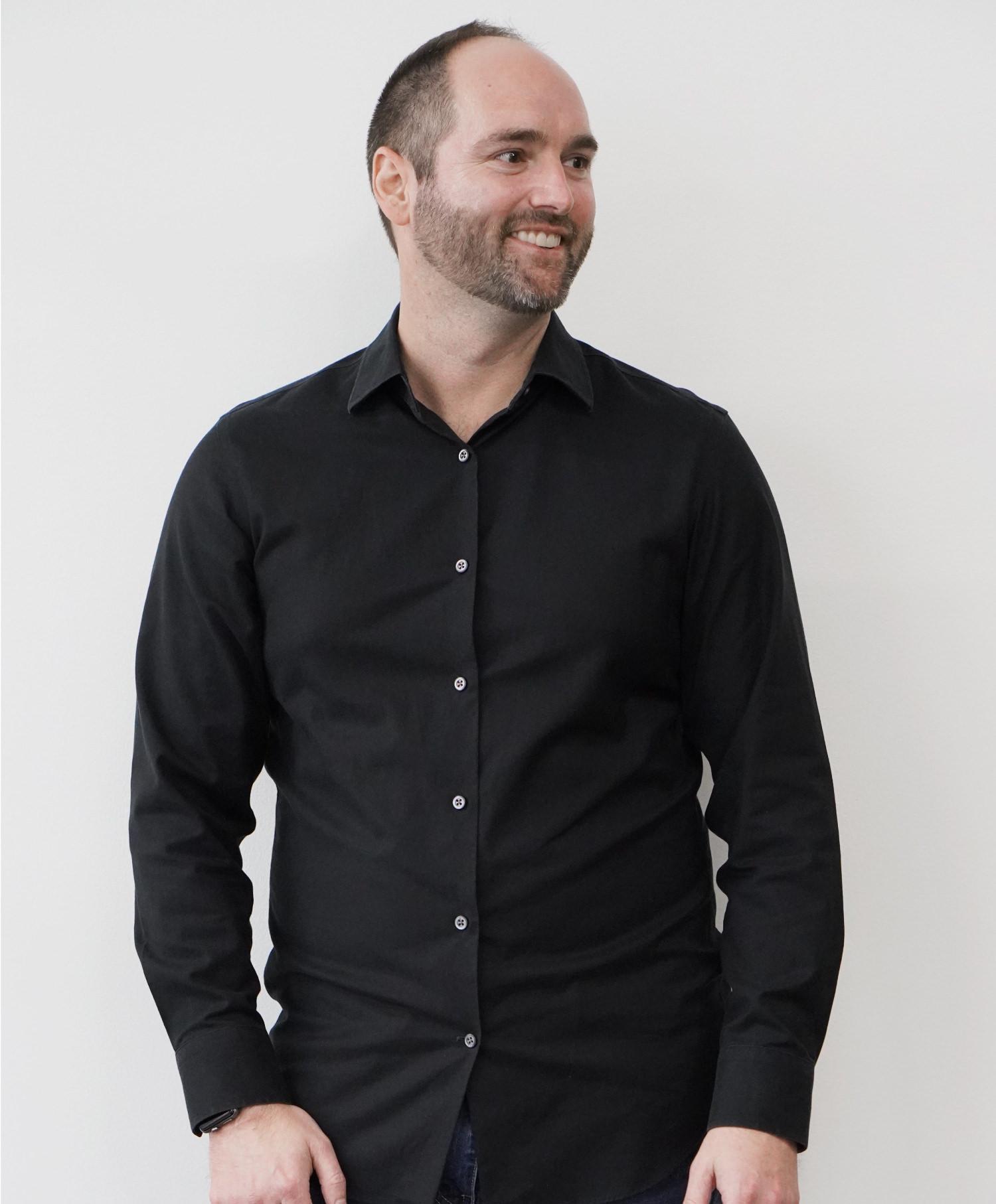 Daniel-Midson-Short-Sia-Brands-Orange-County-Brand-Positioning.jpg