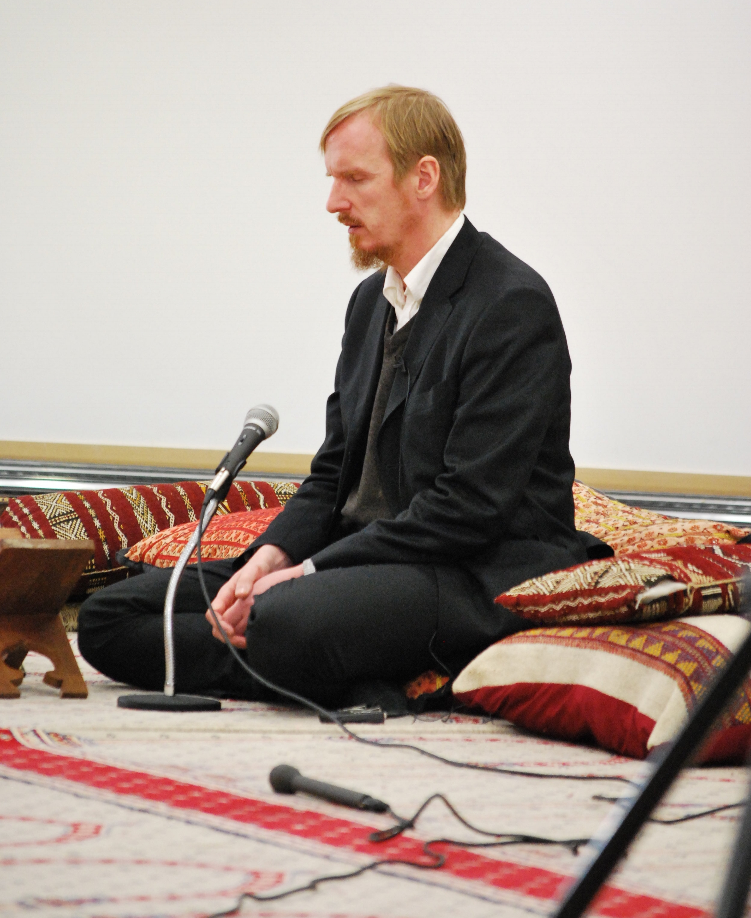 Shaykh Abdal Hakim Murad,  Chair of the Board of Trustees, the Cambridge Mosque Trust.