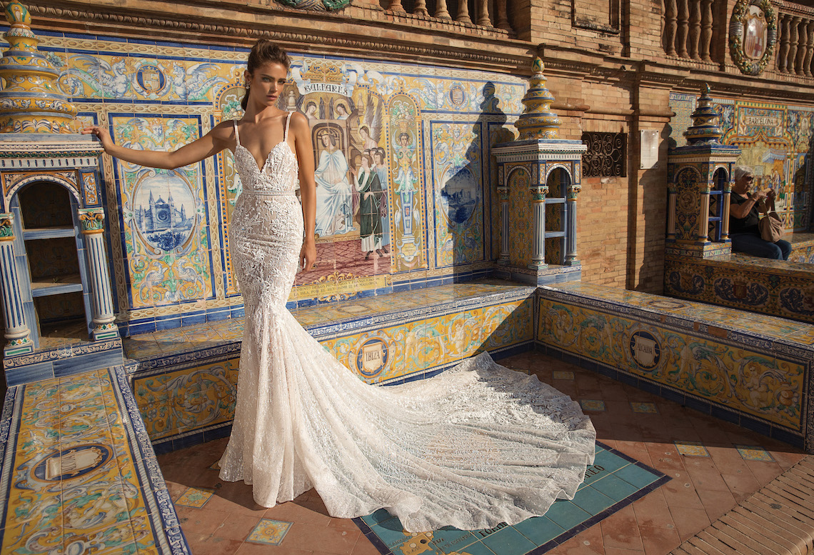 World-Exclusive-The-Sparkling-Berta-Fall-2018-Seville-Collection-5-1140x777.jpg