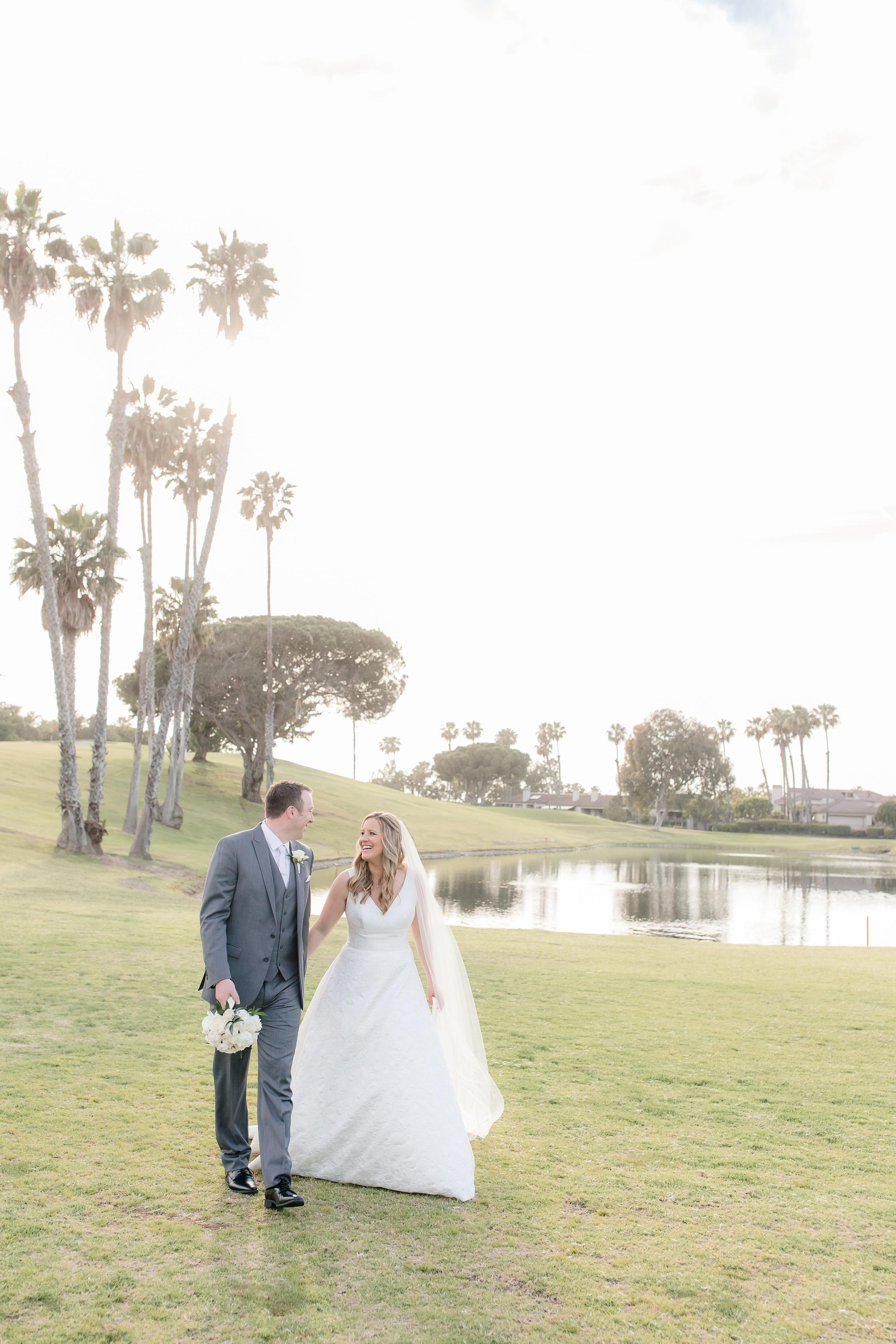 Newport-Beach-Country-Club-Wedding-Kim-Brandon-00123.jpg
