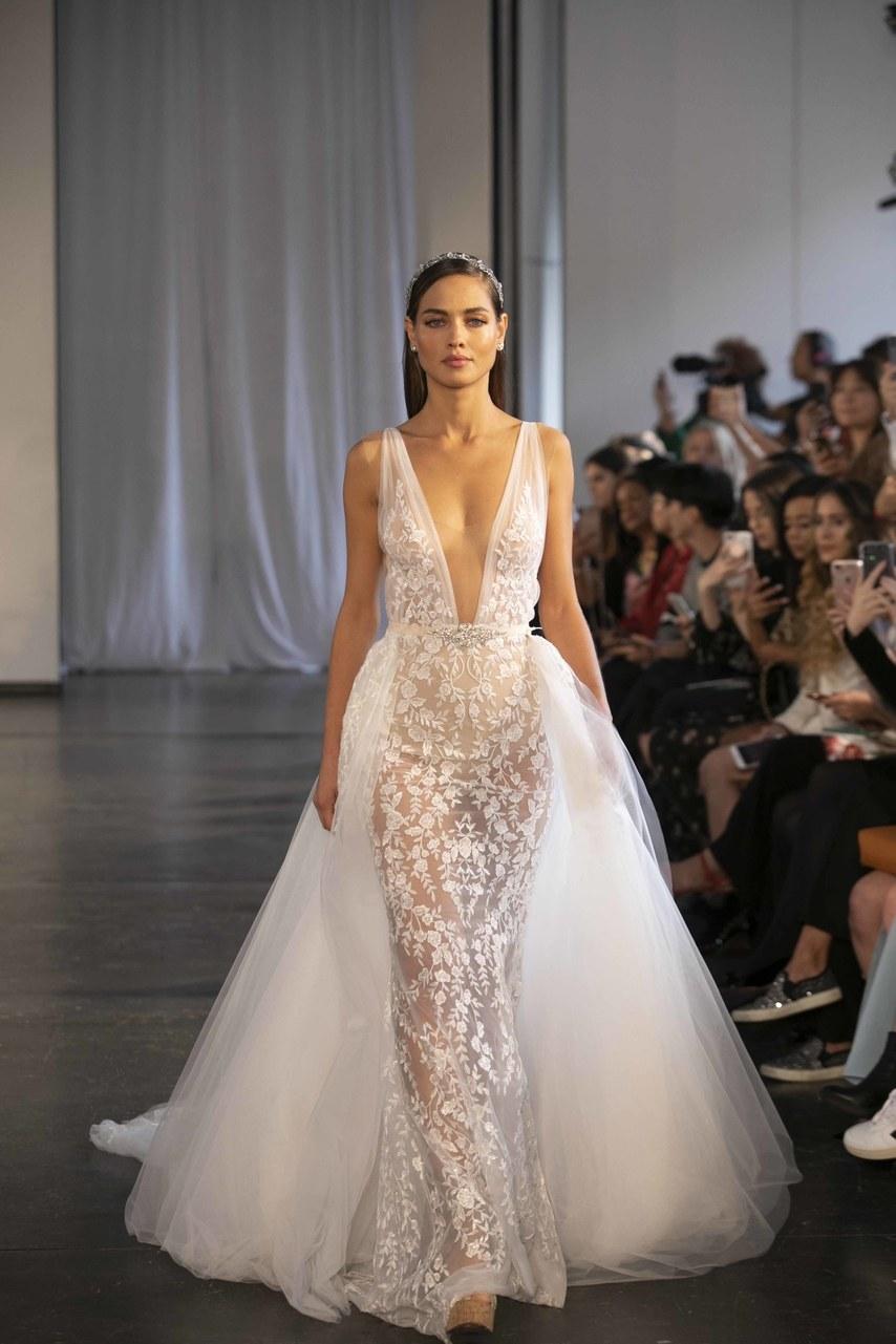 berta-wedding-dresses-fall-2019-013.jpg
