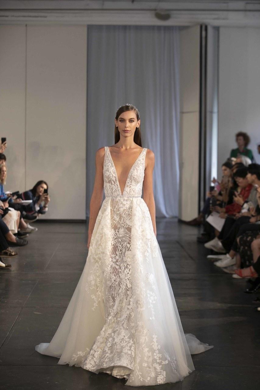berta-wedding-dresses-fall-2019-015.jpg