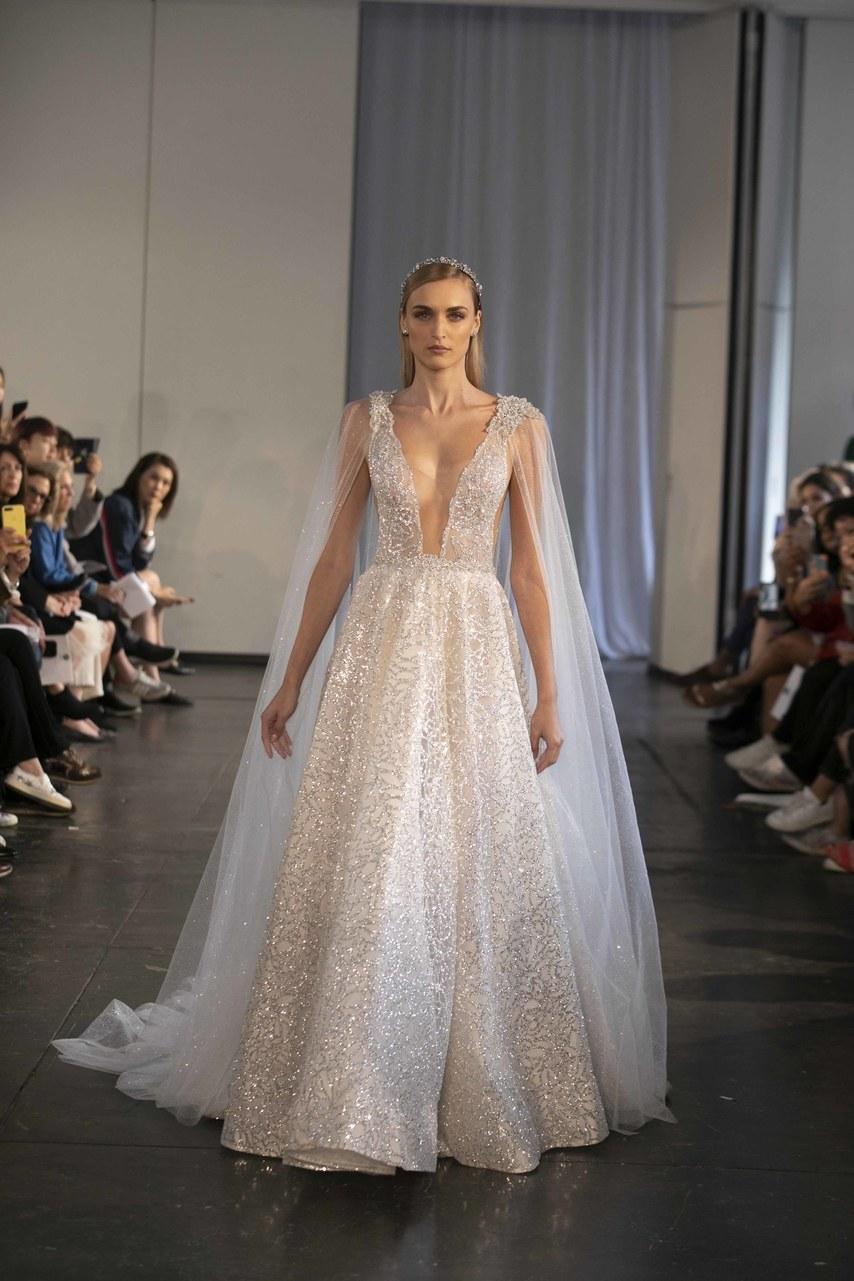 berta-wedding-dresses-fall-2019-019.jpg