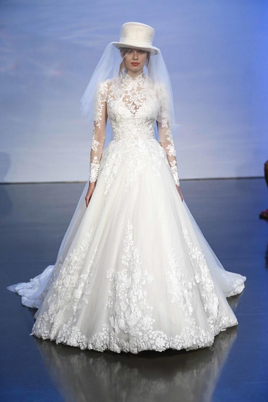 justin-alexander-wedding-dresses-fall-2019-020.jpg