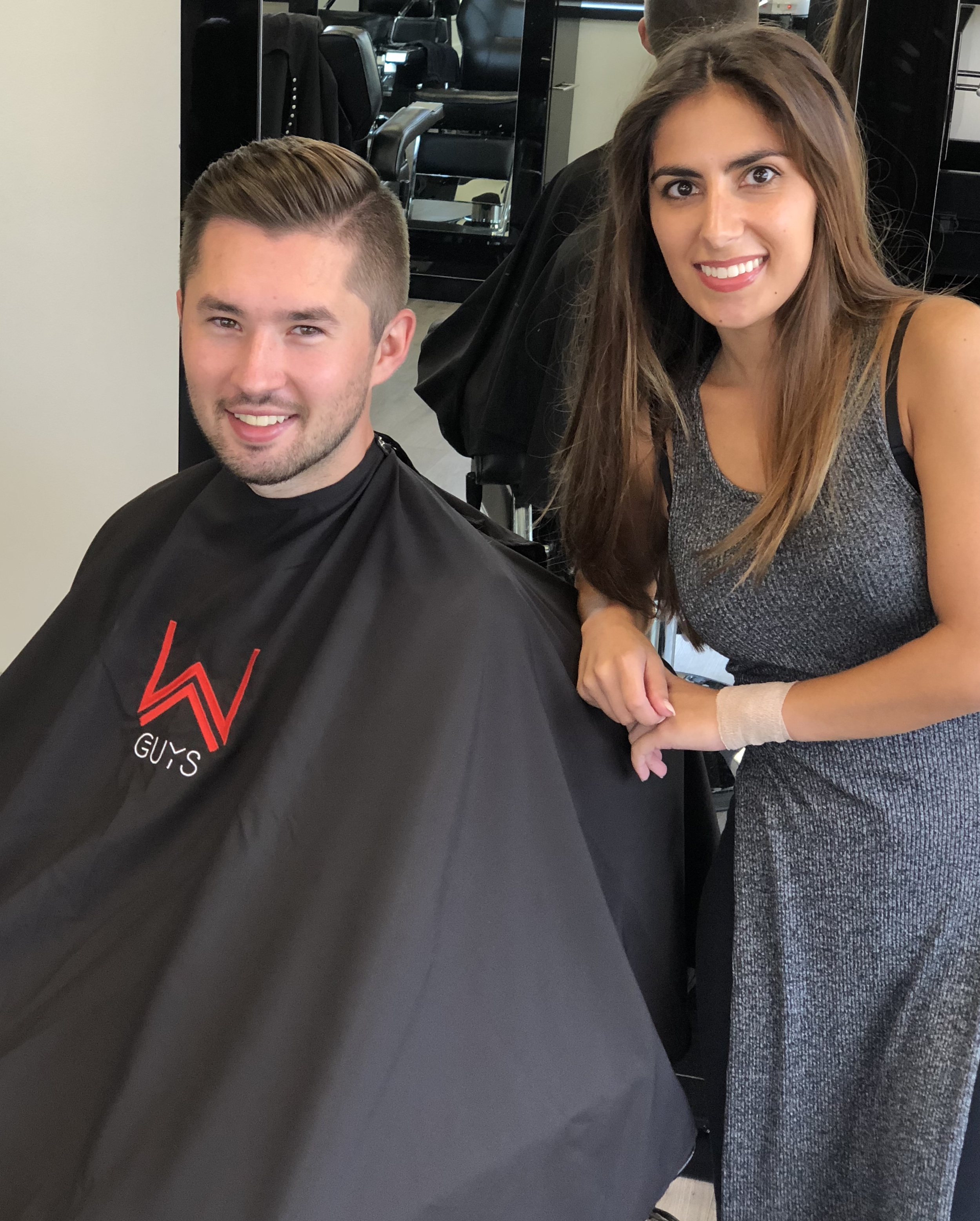Fun Professional Salon Atmosphere, Delivering Great Grooming Experience For All of Us. -
