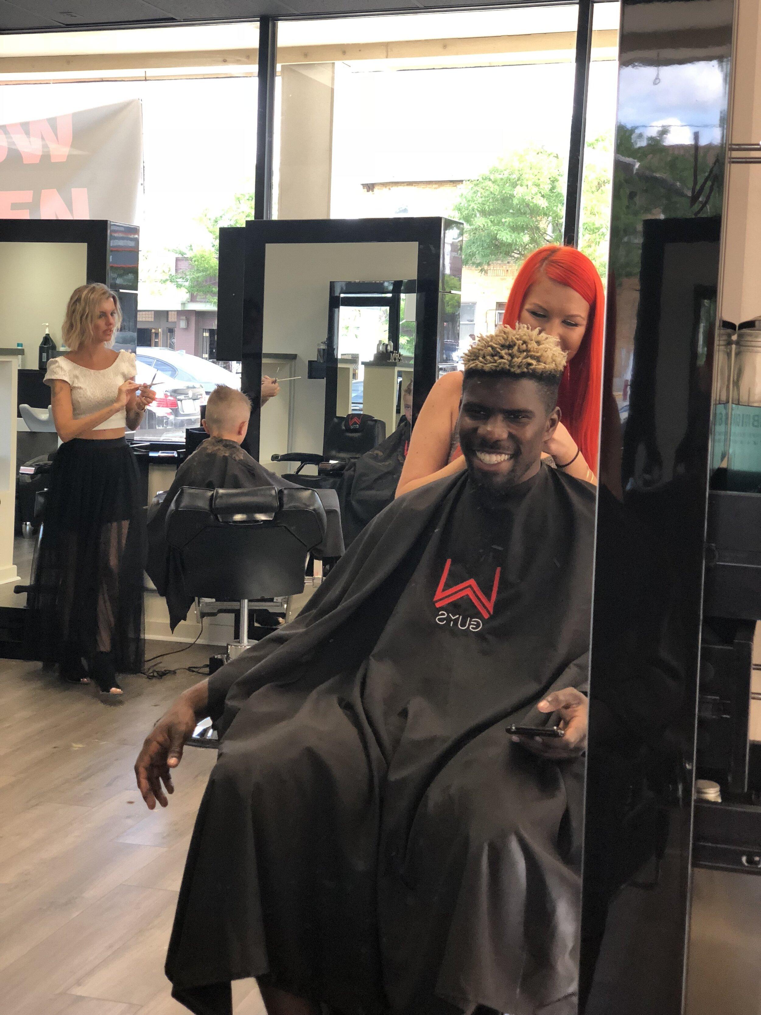 Salon Stylist Finding The Right Salon W Barber Spa & Salon