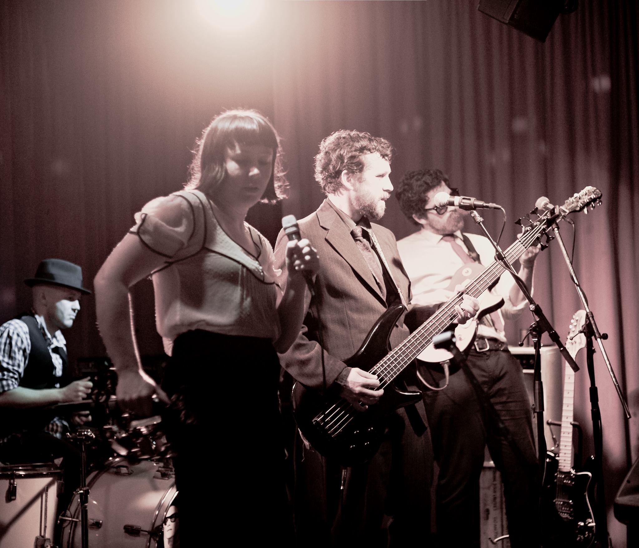The Big O Sparrows play Roy Orbison. Wellington 2013