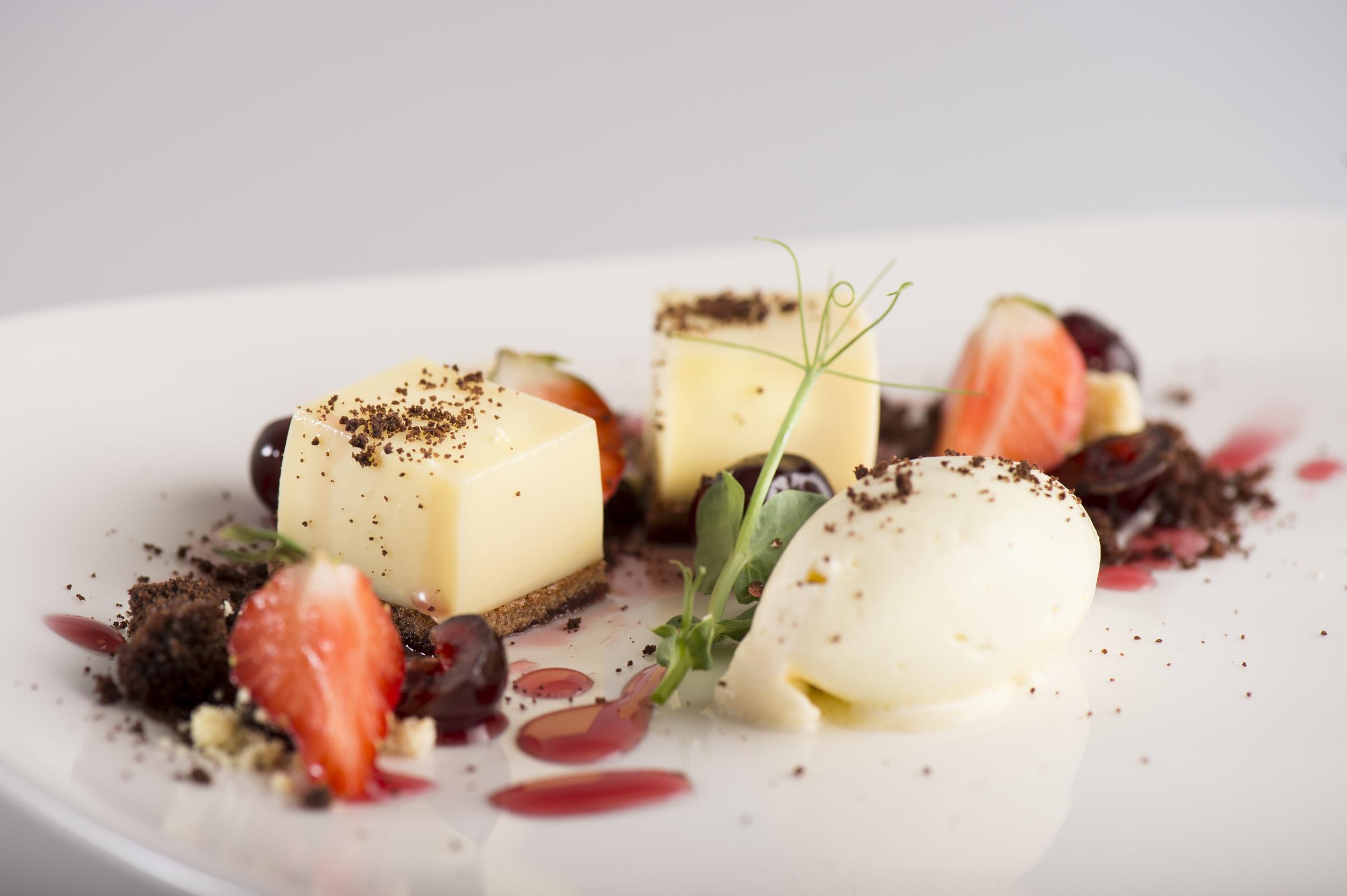 Fitzers Catering beautiful desserts.jpg
