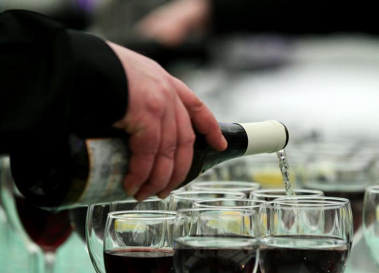 Wine+Pour Image.jpg