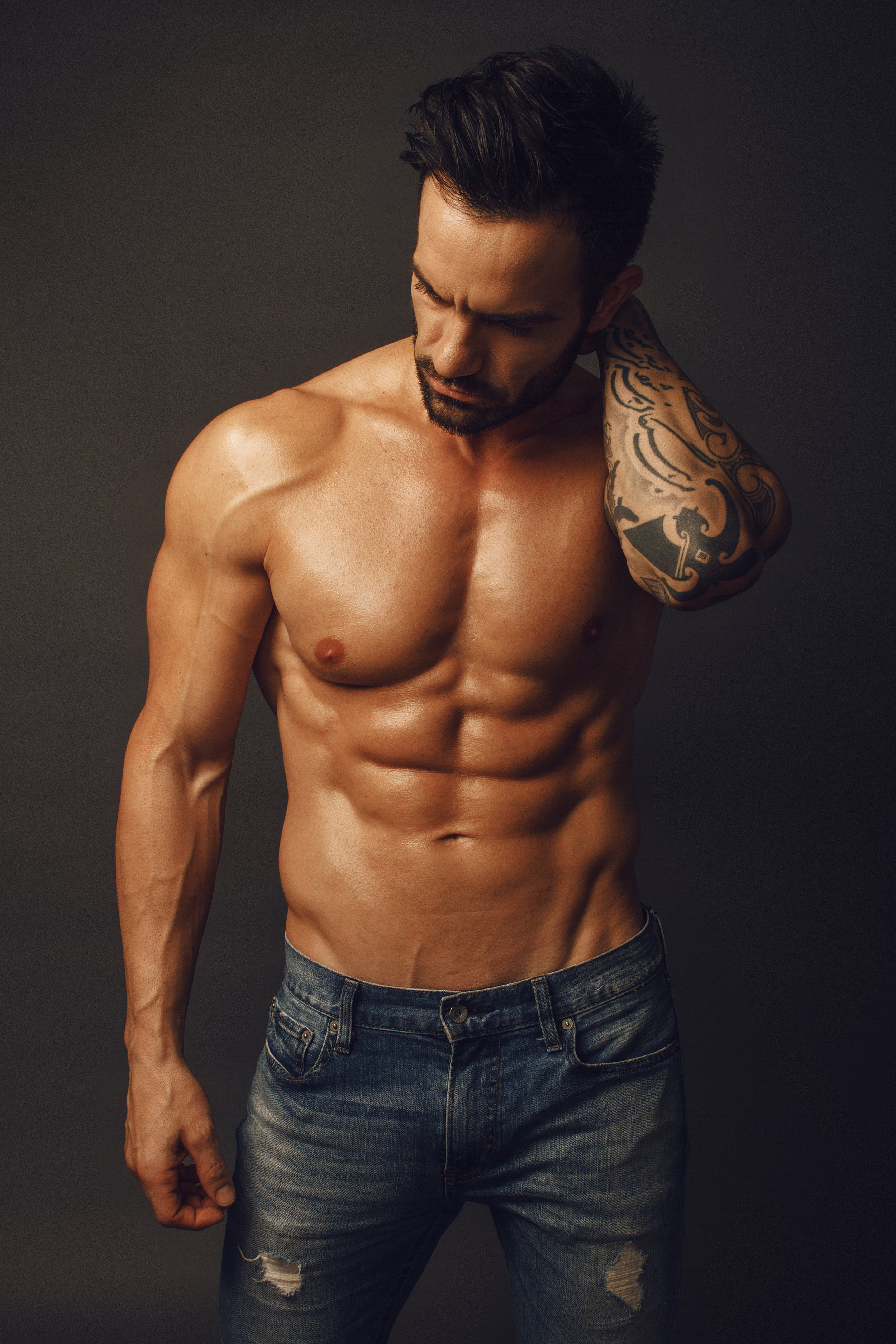 Ramin Karimloo Abs Fitness