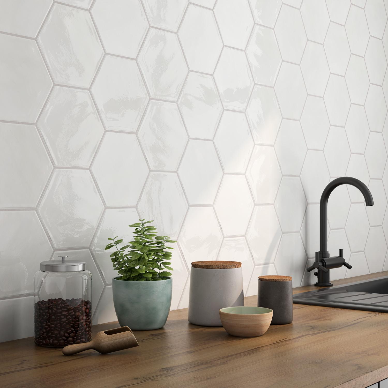 white_hexagon_bs.jpg