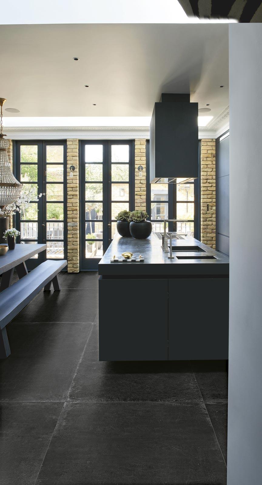 petrolio_kitchen.jpg