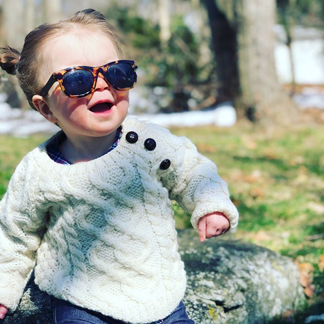#sundayfunday with my people (not pictured 🐶) if you're wondering whether or not the #iphonex is worth it....answer is YES even just for the camera 😍 #lovemymini #9monthsold #babysunnies #cableknit #stpattiesdayready