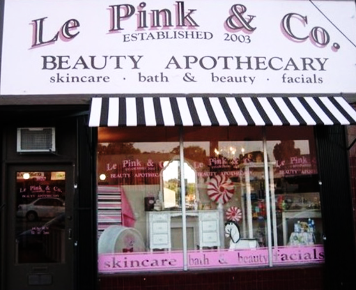 Just down the street from Bucks and Does is this cute apothecary shop with a pink exterior. I love the selection at  Le Pink and Co.  here with hard to find brands like RMS, Juliet has a Gun, and Tokyo Milk. A cute shop to just peruse!