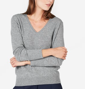 v-neck-grey-sweatshirt-everlane.png