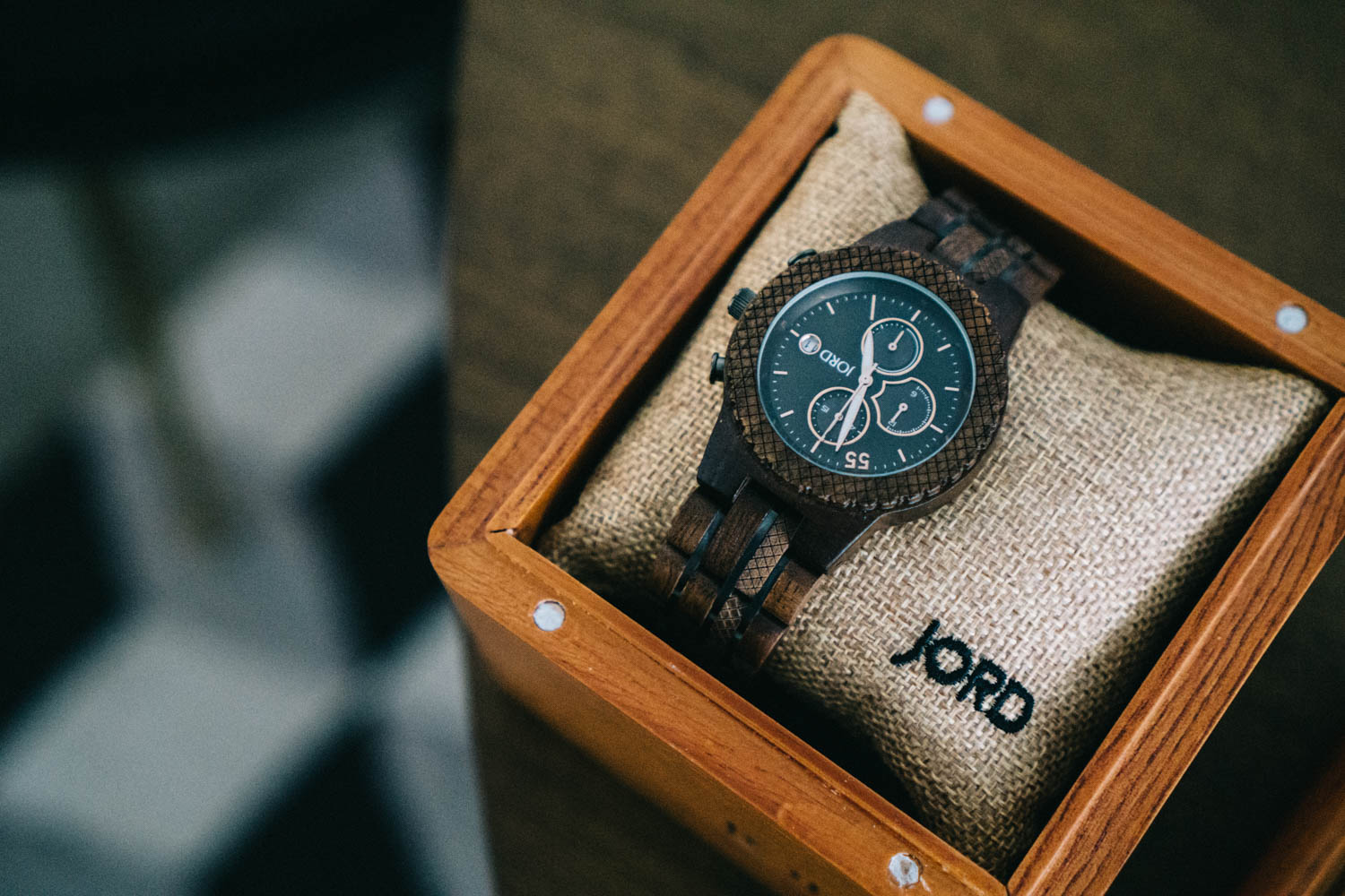 unique-minimalist-wood-watch-for-valentines-day.jpg