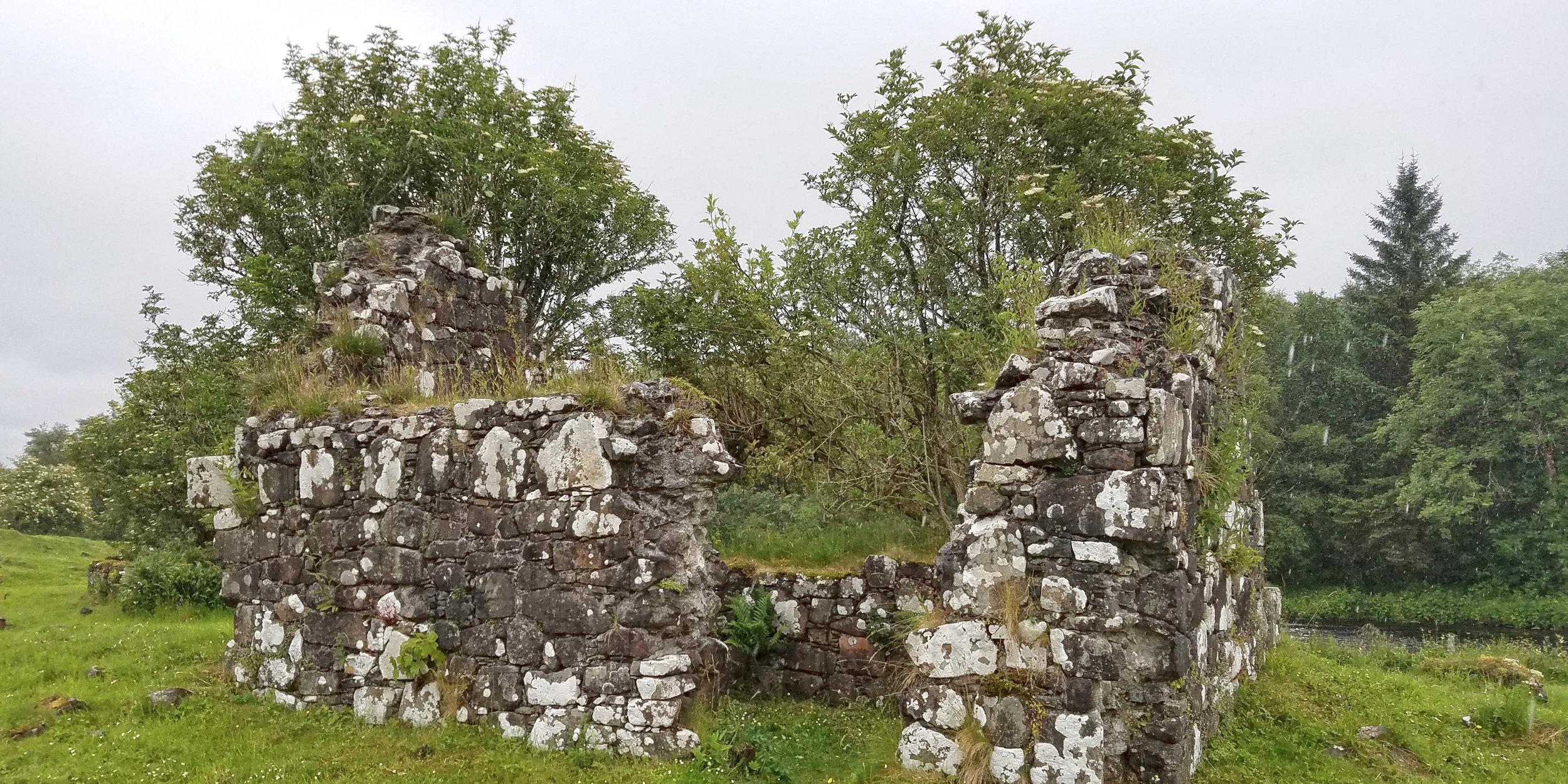 Saint Columba's Isle Chapel.jpg
