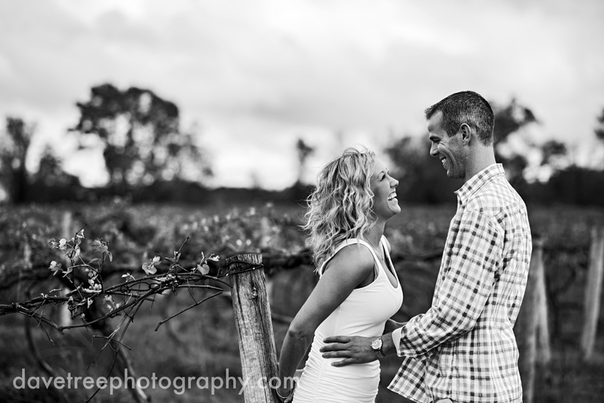 kalamazoo_engagement_photographers_wedding_photographers_04